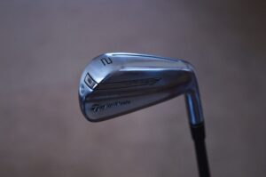 Learn how to choose the perfect golf clubs for a beginner is important
